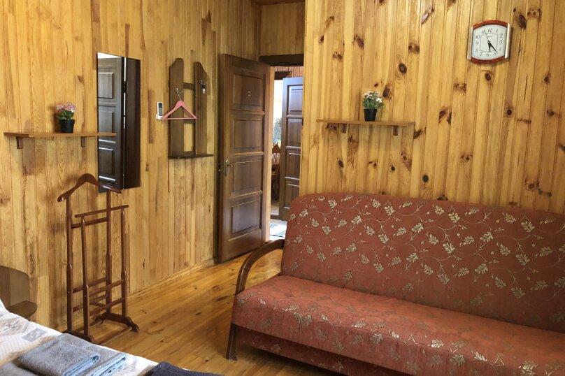 """Уютный дом, 130 кв.м. на 18 человек, 5 спален, СНТ """"Чайка"""" Абрикосовая, 45, Севастополь - Фотография 37"""