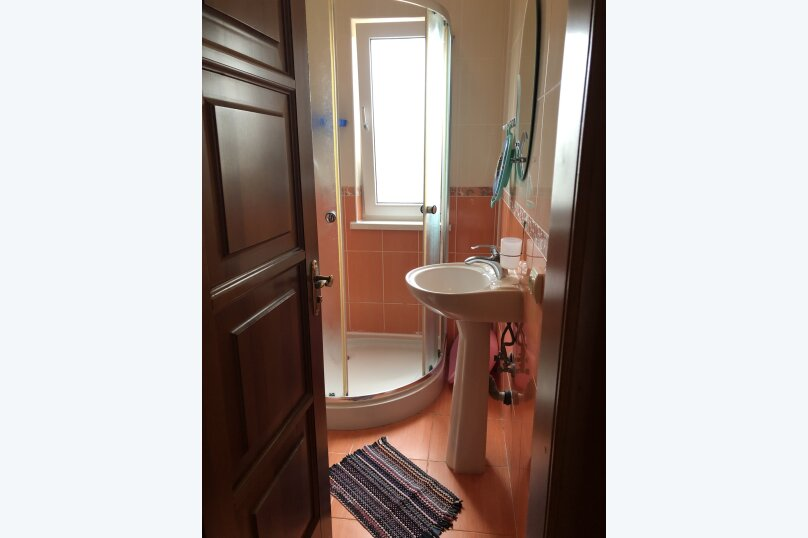 """Уютный дом, 130 кв.м. на 18 человек, 5 спален, СНТ """"Чайка"""" Абрикосовая, 45, Севастополь - Фотография 38"""