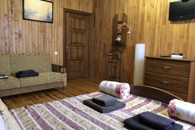 """Уютный дом, 130 кв.м. на 18 человек, 5 спален, СНТ """"Чайка"""" Абрикосовая, 45, Севастополь - Фотография 44"""