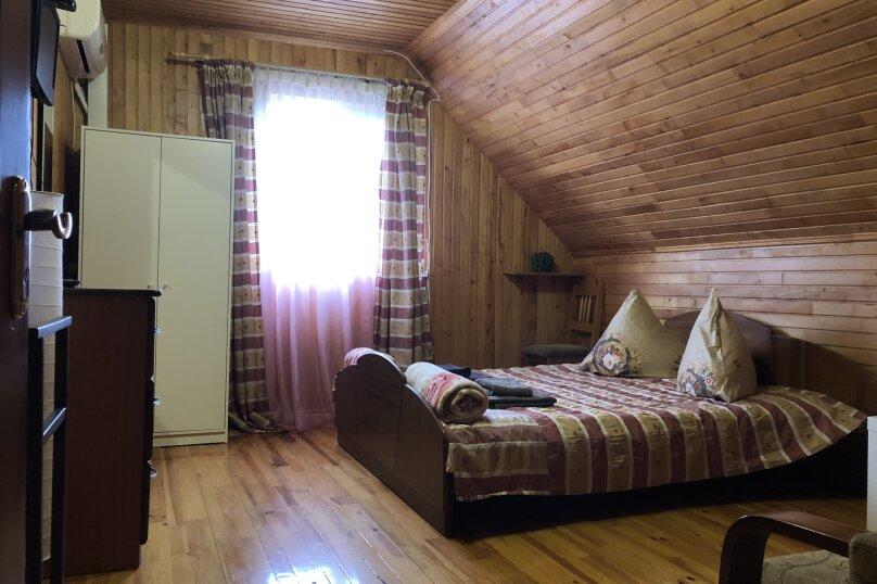 """Уютный дом, 130 кв.м. на 18 человек, 5 спален, СНТ """"Чайка"""" Абрикосовая, 45, Севастополь - Фотография 47"""