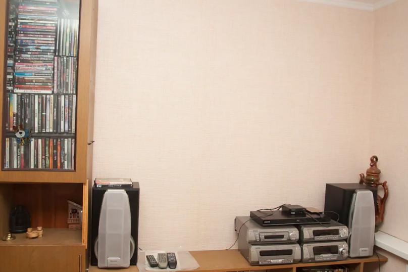 Пол Коттеджа, 40 кв.м. на 5 человек, 1 спальня, улица Батурина, 64, Владимир - Фотография 7