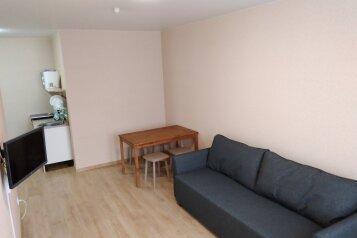 2-комн. квартира, 38 кв.м. на 4 человека, Мирная улица, 11к3, село Сукко - Фотография 1