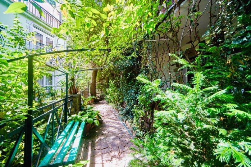 """Гостевой дом """"Куршавель"""", улица Михаила Баранова, 18 на 17 комнат - Фотография 8"""