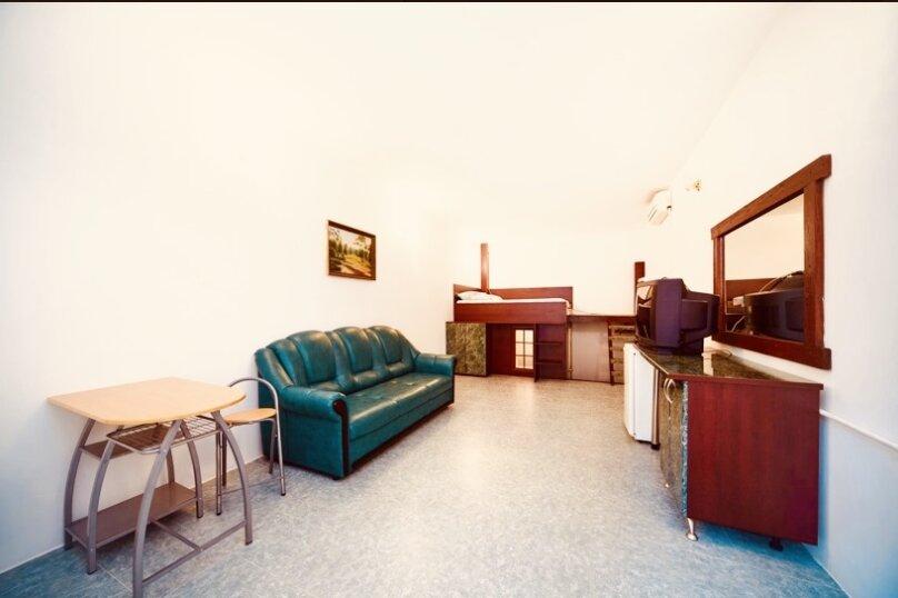 """Гостевой дом """"Куршавель"""", улица Михаила Баранова, 18 на 17 комнат - Фотография 45"""