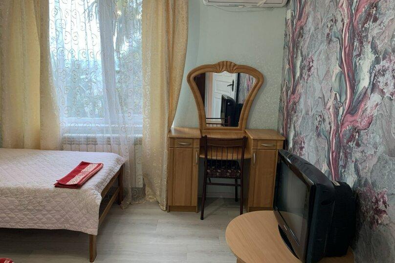 Частный дом в Крыму, Гурзуф 1-я половинка, 50 кв.м. на 4 человека, 2 спальни, Пролетарская, 19, Гурзуф - Фотография 10