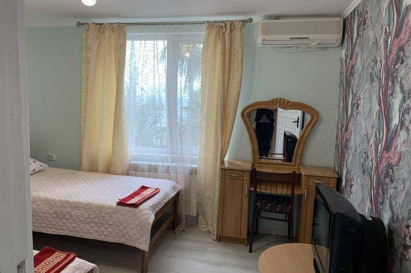 Частный дом в Крыму, Гурзуф 1-я половинка, 50 кв.м. на 4 человека, 2 спальни, Пролетарская, 19, Гурзуф - Фотография 13