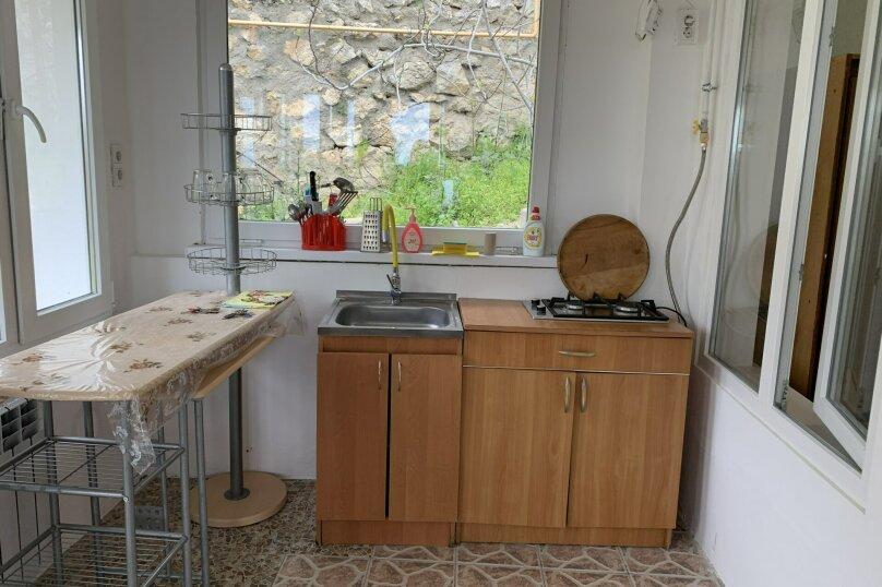 Частный дом в Крыму, Гурзуф 1-я половинка, 50 кв.м. на 4 человека, 2 спальни, Пролетарская, 19, Гурзуф - Фотография 22