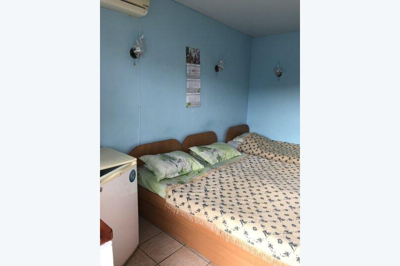 Трехместный номер, улица Стамова, 15А, Феодосия - Фотография 1