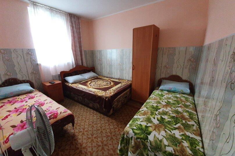 """Гостевой дом """"На Калинина 10"""", улица Калинина, 10 на 5 комнат - Фотография 9"""