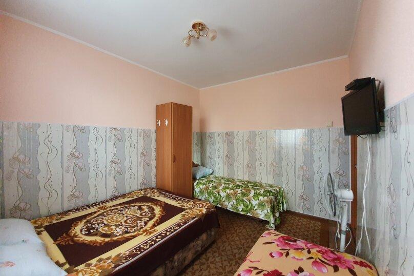 """Гостевой дом """"На Калинина 10"""", улица Калинина, 10 на 5 комнат - Фотография 10"""