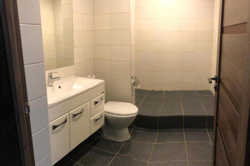 """Гостевой дом """"Villa Black Rock"""", Ялтинская улица, 70 на 10 комнат - Фотография 53"""