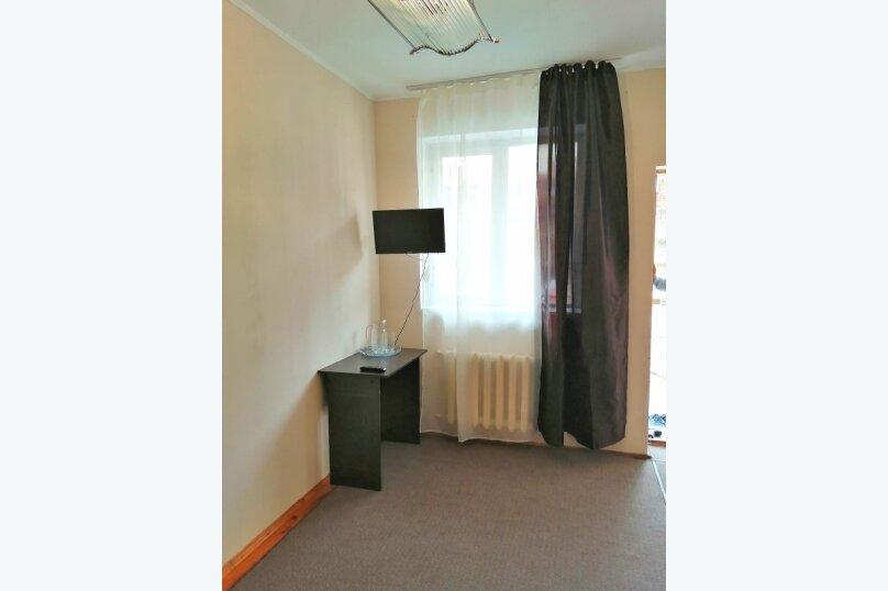 Гостевой дом «Guest House na Izvestiya Eko Layt» , Известинская, 31 на 11 комнат - Фотография 5