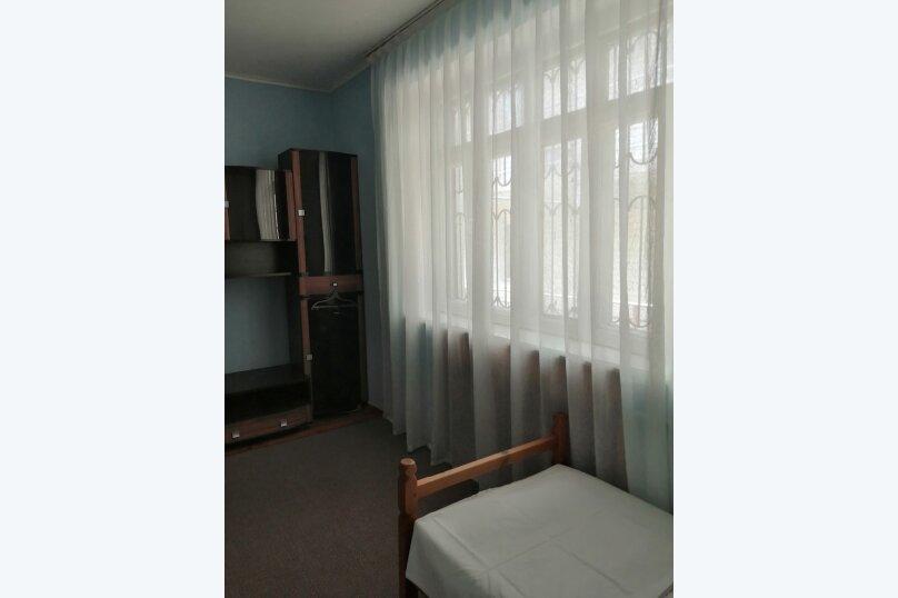Гостевой дом «Guest House na Izvestiya Eko Layt» , Известинская, 31 на 11 комнат - Фотография 12
