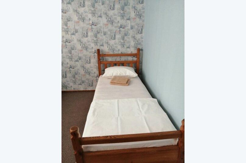 Гостевой дом «Guest House na Izvestiya Eko Layt» , Известинская, 31 на 11 комнат - Фотография 14