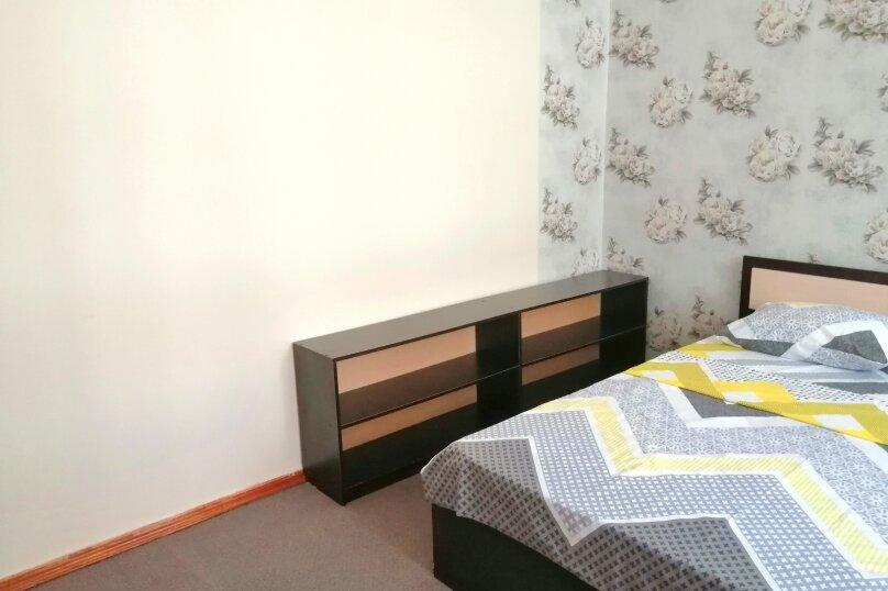 Гостевой дом «Guest House na Izvestiya Eko Layt» , Известинская, 31 на 11 комнат - Фотография 19