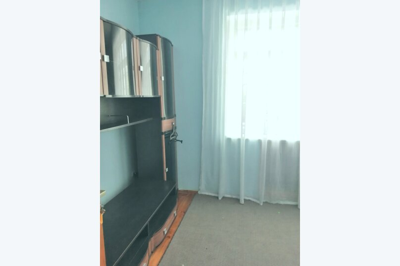 Гостевой дом «Guest House na Izvestiya Eko Layt» , Известинская, 31 на 11 комнат - Фотография 20