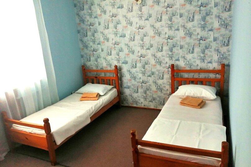 Гостевой дом «Guest House na Izvestiya Eko Layt» , Известинская, 31 на 11 комнат - Фотография 21