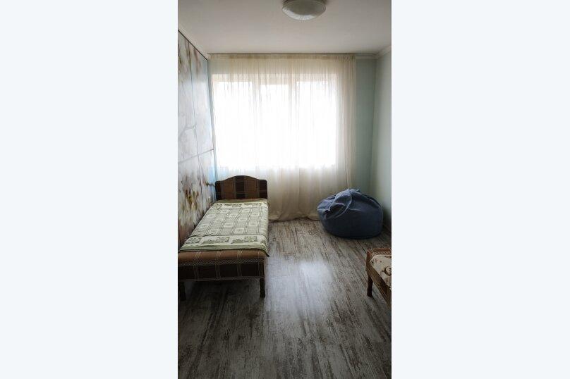 1-комн. квартира, 40 кв.м. на 4 человека, улица Галины Петровой, 11, Туапсе - Фотография 15