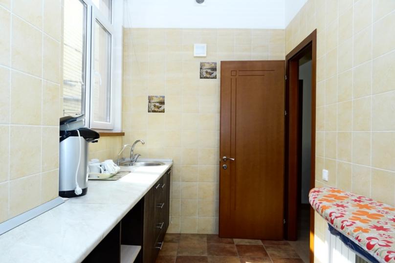 """Гостевой дом """"ВИВАТ"""", Терская улица, 119-Б на 15 комнат - Фотография 9"""