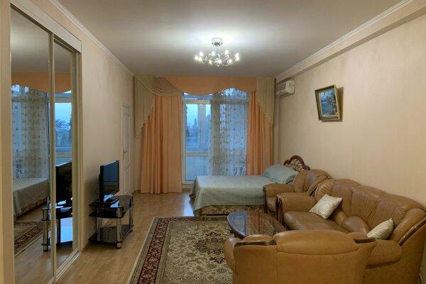 2-комн. квартира, 72 кв.м. на 6 человек, Боткинская улица, 13А, Ялта - Фотография 1