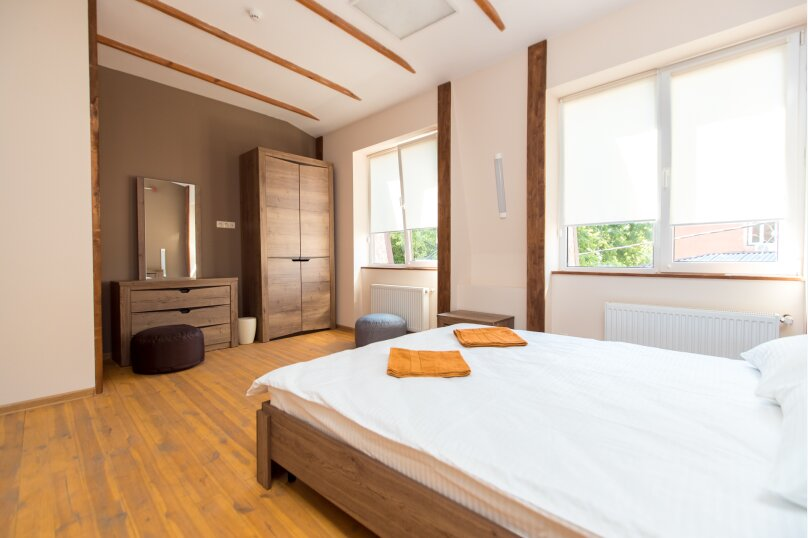 Двухместный номер с общей кроватью Ванильное дерево, улица Сергеева-Ценского, 28, Симферополь - Фотография 1