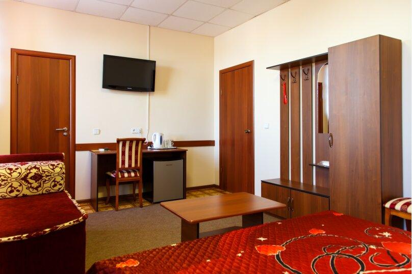 """Отель """"Агат"""", улица Пархоменко, 103 на 20 номеров - Фотография 2"""
