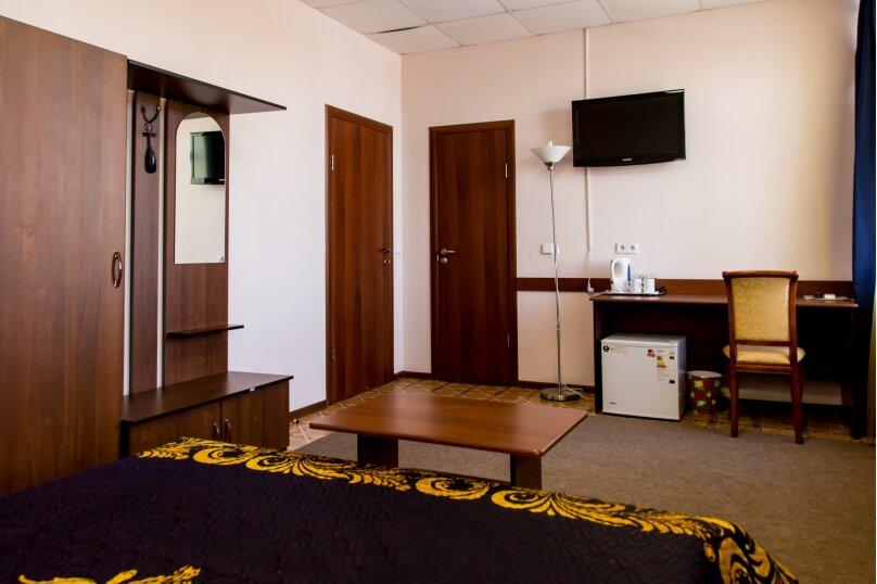 """Отель """"Агат"""", улица Пархоменко, 103 на 20 номеров - Фотография 4"""