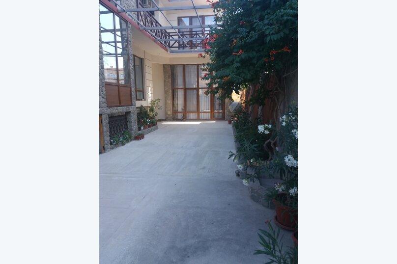 Гостевой дом, улица Шакир Селим, 5 на 5 комнат - Фотография 15