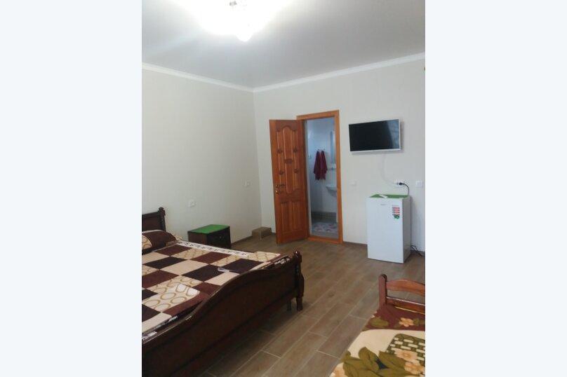 Гостевой дом, улица Шакир Селим, 5 на 5 комнат - Фотография 16