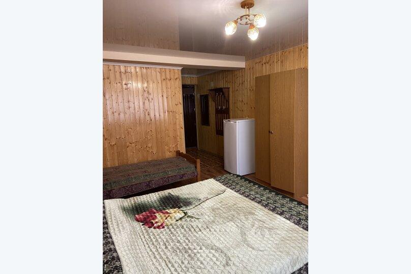 #3 Трехместный номер без балкона №3, Кольцевая улица, 2, Лазаревское - Фотография 1