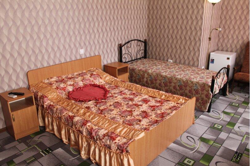 люкс 3х местный, Ясная улица, 14, Геленджик - Фотография 3