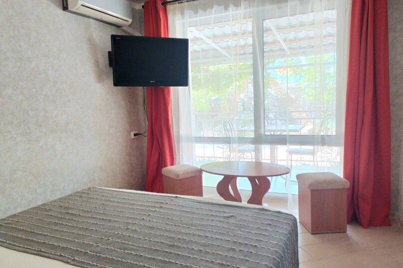 Двухместный номер с 1 кроватью и террасой, улица Ленина, 144Д, Коктебель - Фотография 1