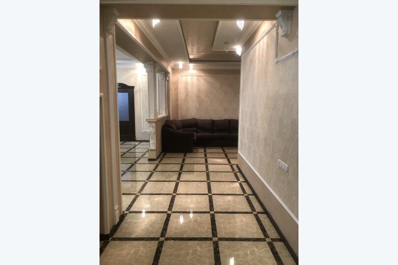 3-комн. квартира, 175 кв.м. на 8 человек, улица Генерала Мельника, 18А, Севастополь - Фотография 11