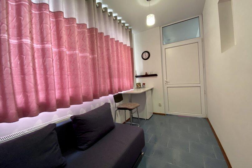 Второй этаж желтый большой, улица Челюскинцев, 106, Севастополь - Фотография 3