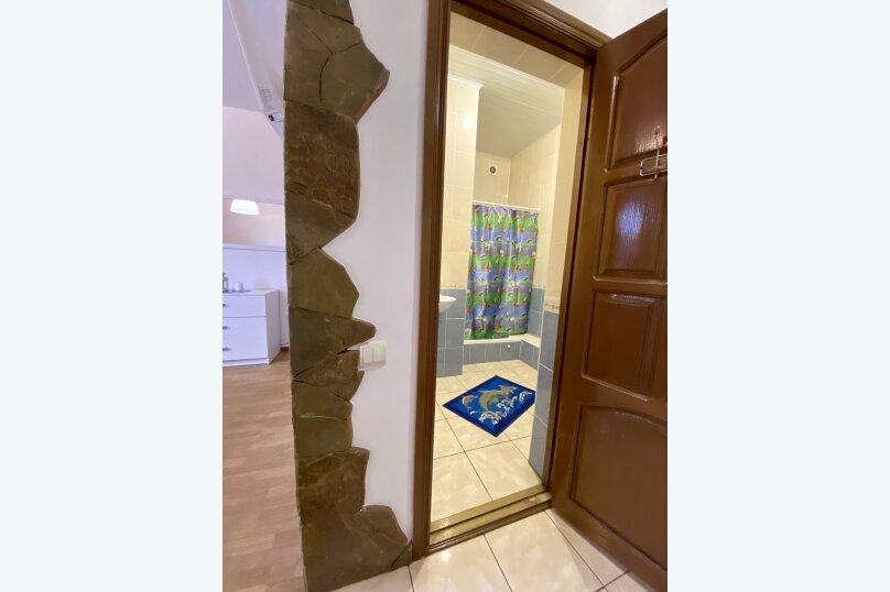 Второй этаж желтый большой, улица Челюскинцев, 106, Севастополь - Фотография 13