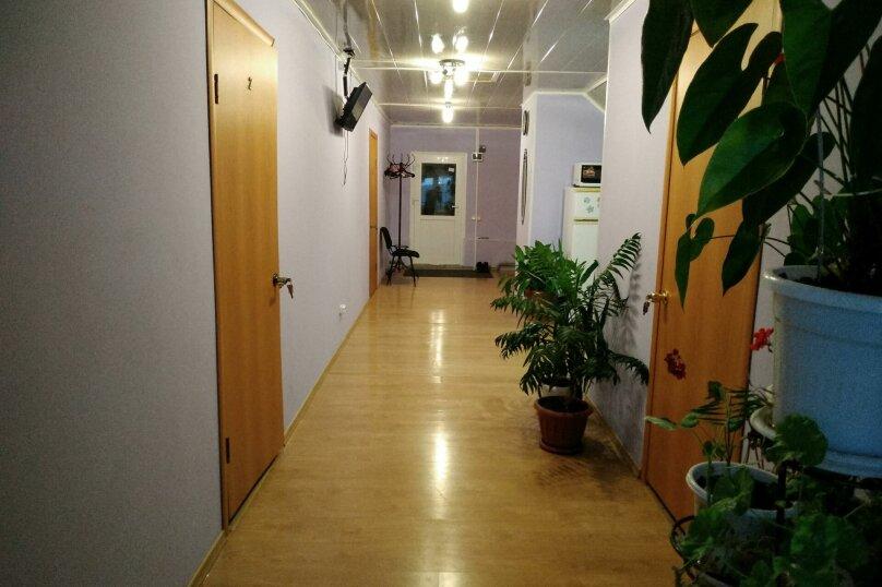 """Гостевой дом """"Панорама"""", Никольская улица, 14А на 4 комнаты - Фотография 18"""