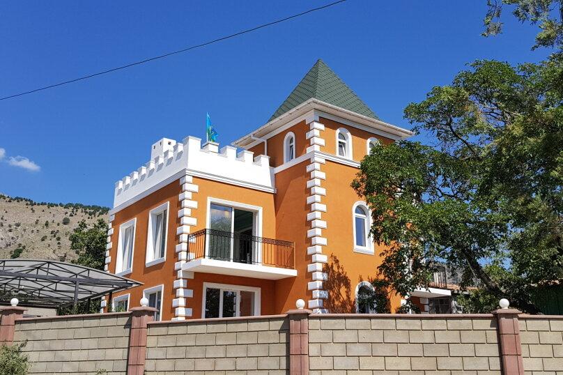 Дача в Крыму, улица Ленина, 42 на 3 комнаты - Фотография 1