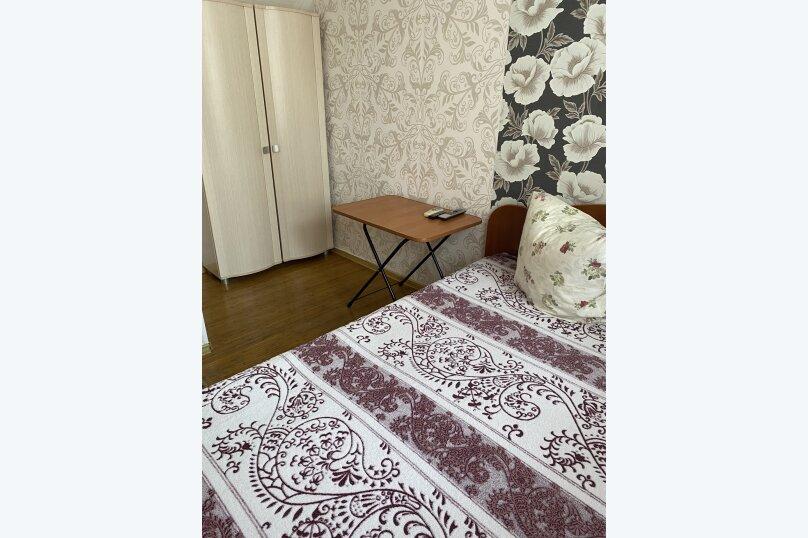 Комната  номер 6 с двухспальной кроватью, улица Тельмана, 15, Геленджик - Фотография 1