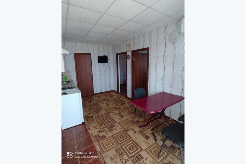 Гостевой дом Альпийский двор, улица Толмазова, 56 на 26 комнат - Фотография 30