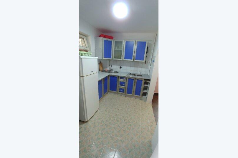 Дом, 200 кв.м. на 12 человек, 5 спален, Гражданская улица, 16, Керчь - Фотография 11