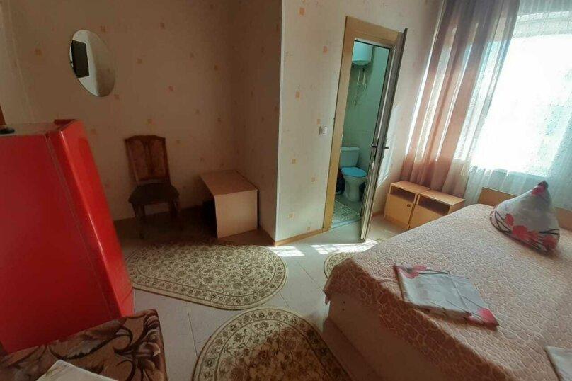 """Гостевой дом """"Ирина"""", Азовская улица, 1 на 7 комнат - Фотография 17"""