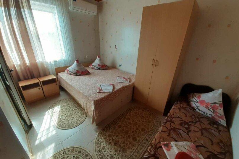 """Гостевой дом """"Ирина"""", Азовская улица, 1 на 7 комнат - Фотография 18"""
