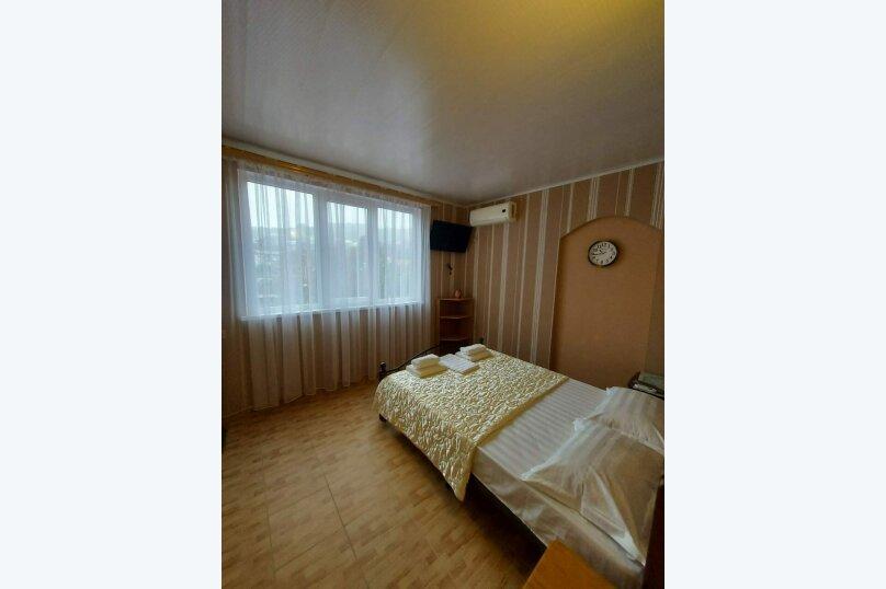 """Гостевой дом """"Вокруг света"""", Керченская улица, 18 на 23 комнаты - Фотография 12"""