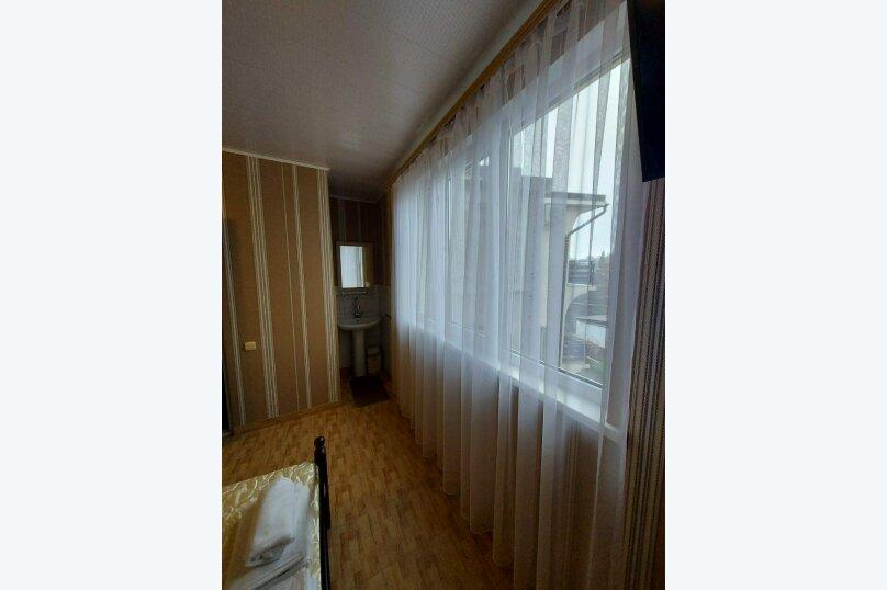"""Гостевой дом """"Вокруг света"""", Керченская улица, 18 на 23 комнаты - Фотография 13"""