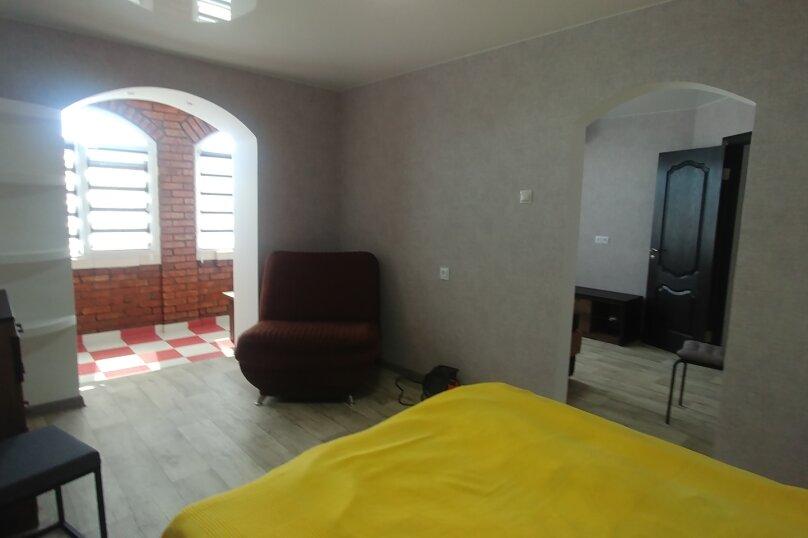 Дом, 200 кв.м. на 12 человек, 5 спален, Гражданская улица, 16, Керчь - Фотография 25