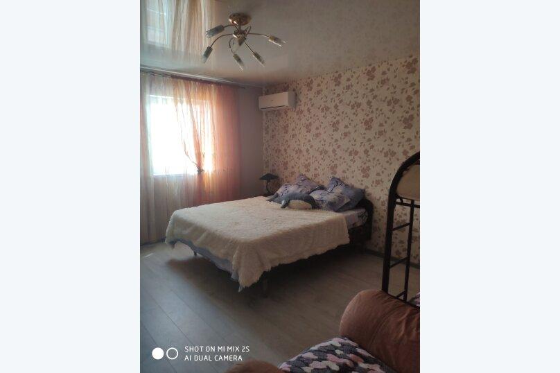 Пятиместный номер № 4 на 3 этаже , Казачья улица, 18, Голубицкая - Фотография 1