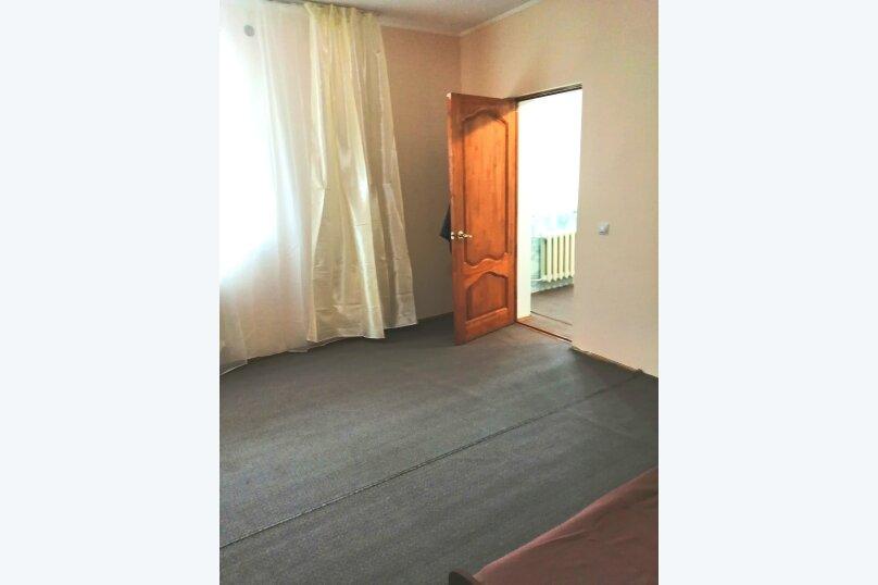 Гостевой дом «Guest House na Izvestiya Eko Layt» , Известинская, 31 на 11 комнат - Фотография 27