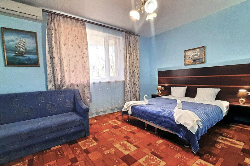 Однокомнатная комната-спальня люкс без балкона, Набережная улица, 2, село Приветное - Фотография 1