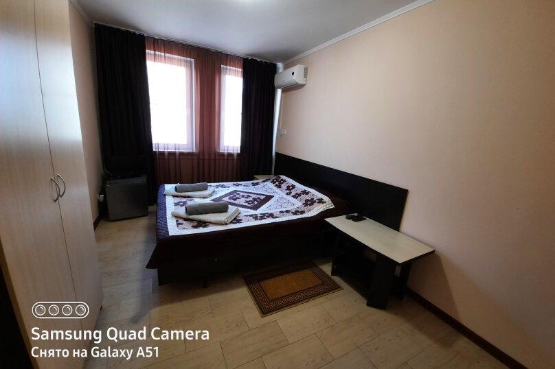 Двухместный номер, улица Генерала Кармалина, 3, Геленджик - Фотография 3