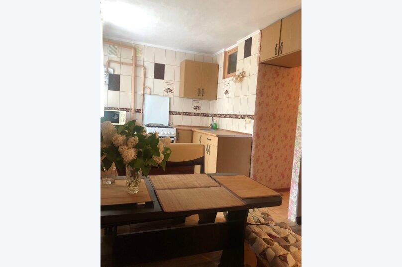 3-комн. квартира, 50 кв.м. на 6 человек, улица Ленина, 13, Штормовое - Фотография 7